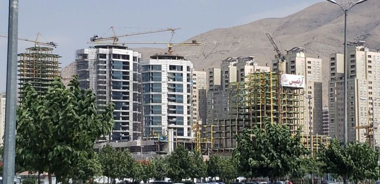 آرتمیس - دریاچه چیتگر تهران